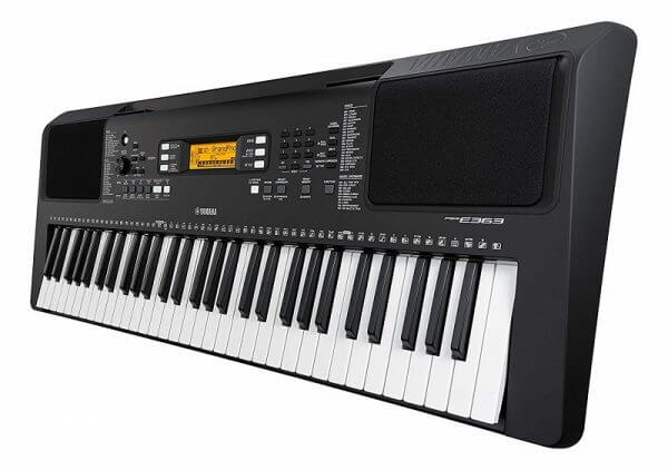Yamaha PSR-E363 keyboard side